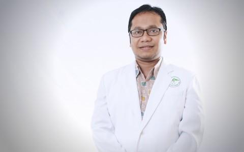 Mohammad Kurniawan, Sp. S (K), M.Sc, FICA, Dr.