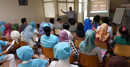 "Kuliah Dr. Sugiyono Somoastro Sp. PD – KHOM ""Kanker Payudara dan Herceptin"""